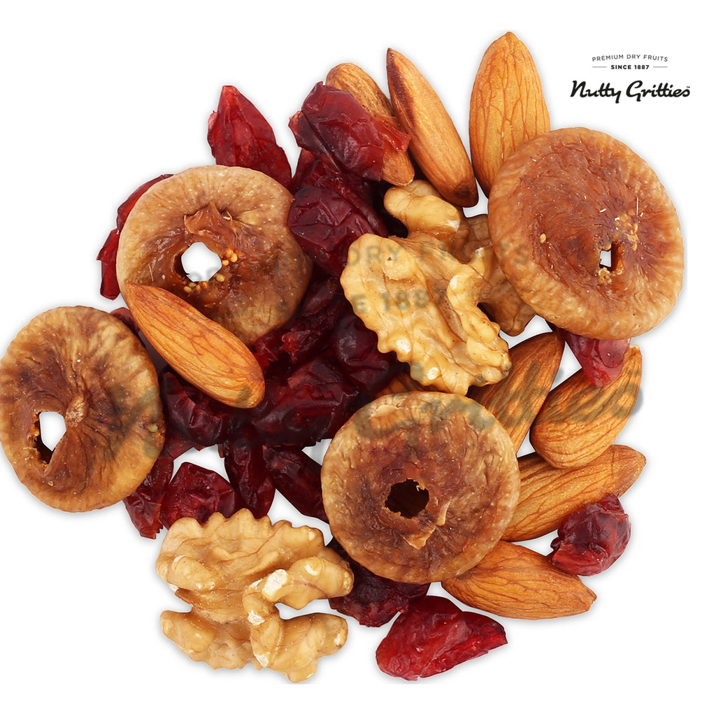 Dry Fruits Blend - California Almonds, Walnuts, Figs and Cranberries, 200g