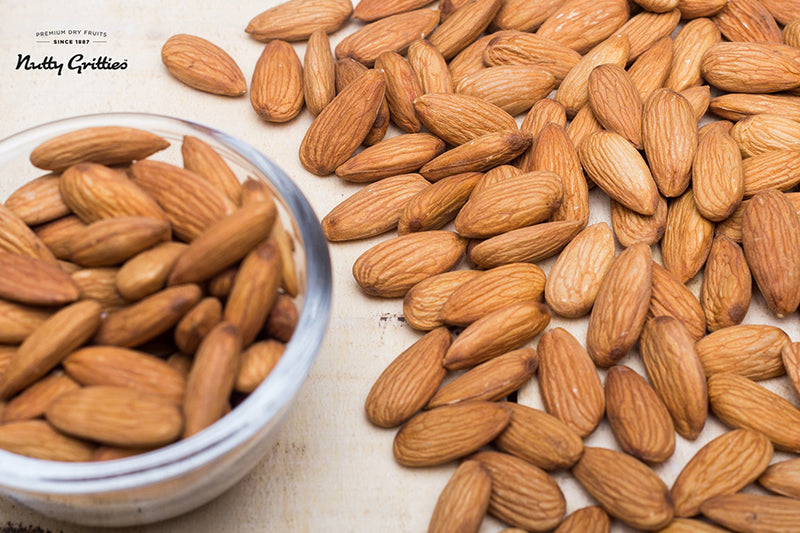 Jumbo California Almonds (Pack of 2, 500 g Each) 1 kg