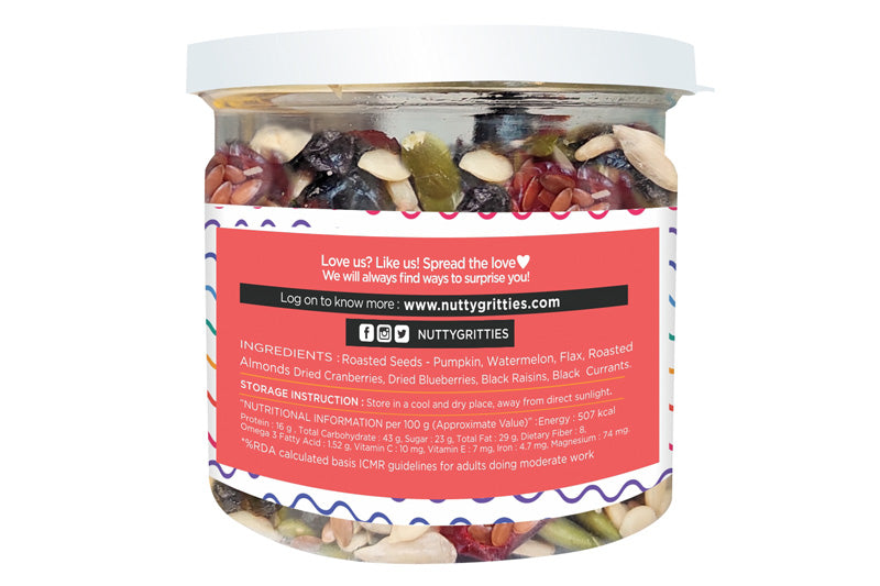 Mom's Superfood - Roasted Almonds, Pumpkin, Sunflower, Watermelon, Flax Seeds, Black Raisins, Black Currant, Cranberries and Blueberries - Healthy Snack Approved by Mothers - 100g