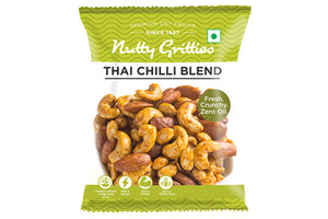 Southern Pepper Cashew Nuts 21 g, Barbeque Almonds 24 g and Thai Chilli Blend 24 g,  4 Packs of Each