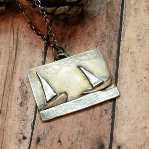 2 sailboats pendant necklace