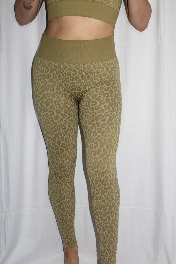 Sadie Leopard Leggings
