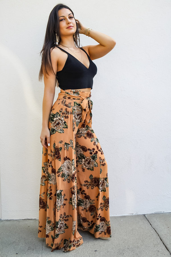 Eryn Wide Leg Floral Pant | Diosa Life + Style Boutique