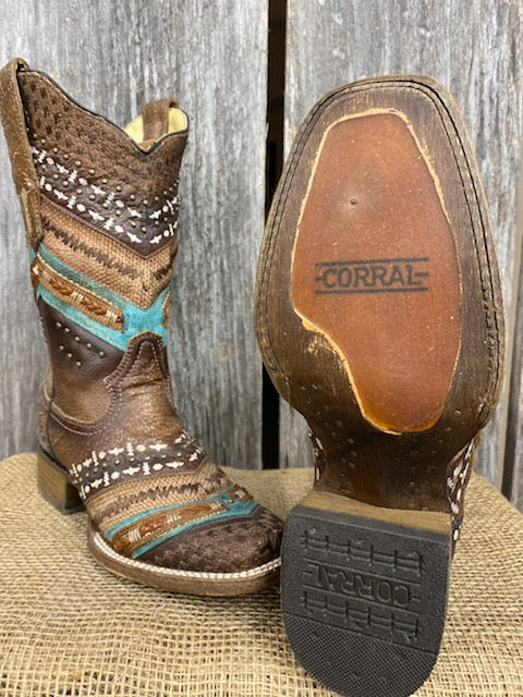 A3424 Corral Boots