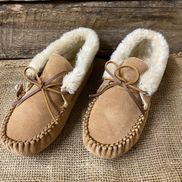 40031 Minnetonka Slippers