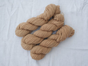 Mendip 4-Ply – Avocado 2 (Natural dye)