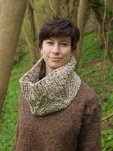 Load image into Gallery viewer, Gaderian cowl knitting pattern