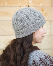 Load image into Gallery viewer, Earest Hat knitting pattern