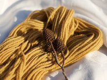 Load image into Gallery viewer, Shetland Aran – Alder (Natural dye)