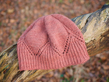 Load image into Gallery viewer, Healas hat knitting pattern