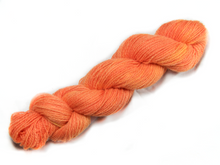 Load image into Gallery viewer, Mini-skein Mendip 4-Ply – Fox (Sunny)