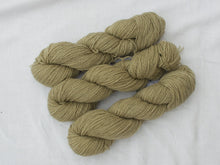 Load image into Gallery viewer, Mendip 4-Ply – Dandelion, Geranium & Iron (Natural dye)