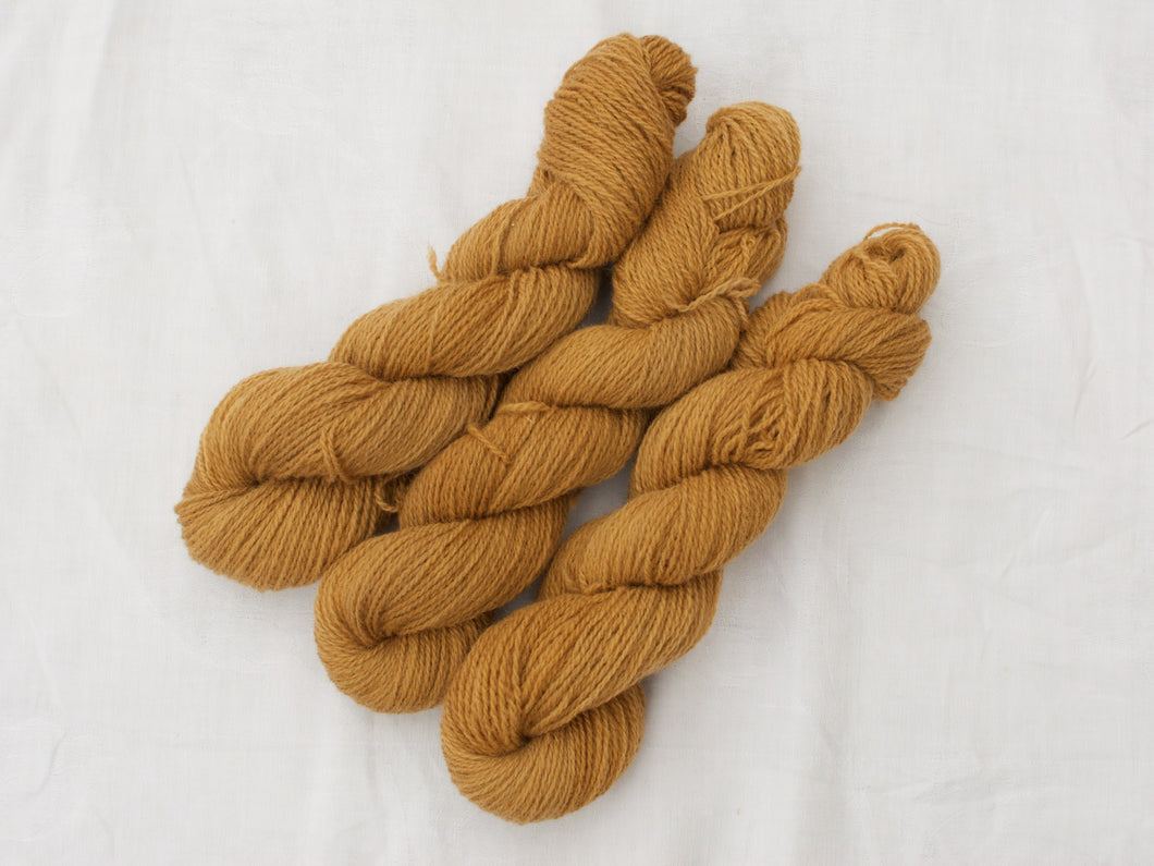 Mendip 4-Ply – Tea (Natural dye)