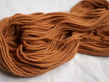 Load image into Gallery viewer, Shetland Aran – Tea (Natural dye)