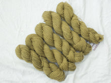 Load image into Gallery viewer, Mendip 4-Ply – Calendula & Iron (Natural dye)