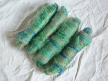Load image into Gallery viewer, Marsh light – Green and blue batts – Kid mohair, Bluefaced Leicester, and merino fibre (25 g)