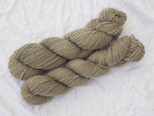 Load image into Gallery viewer, Mendip 4-Ply – Sunflower (Natural dye)