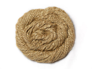 Tea glow – Hand-spun wool and soy in golden-beige (50g)