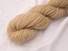 Load image into Gallery viewer, Mendip 4-Ply –Wine (Natural dye)