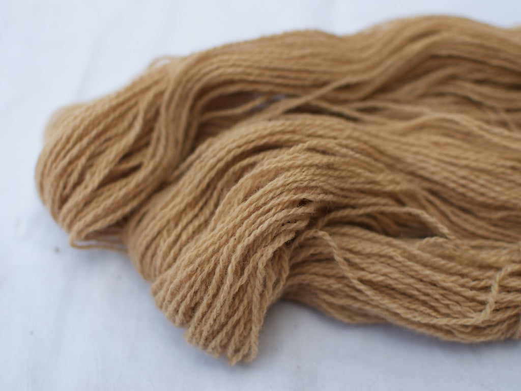 Mendip 4-Ply – Tea & Iron (Natural dye)