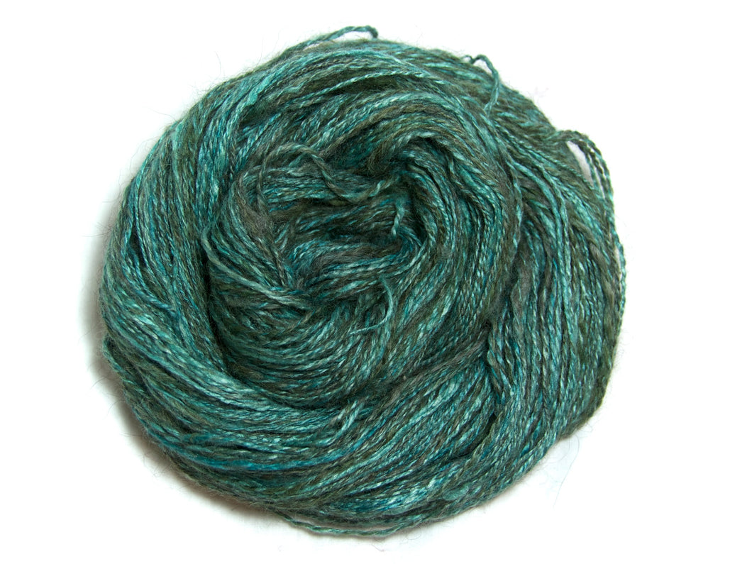 Dropoff – Hand-spun Alpaca–Soy Yarn in Turquoise, Teal and Grey (100g)