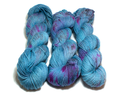 Aquarium – Kent Romney DK in blue and purple