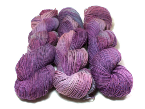 Butterfly Bush – Kent Romney DK in purple