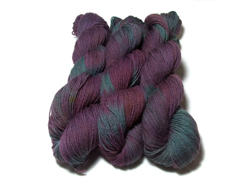 Victoriana – Kent Romney DK in purple and green