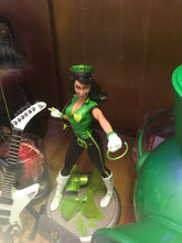 Load image into Gallery viewer, DC Bombshells: Green Lantern Jessica Cruz Statue