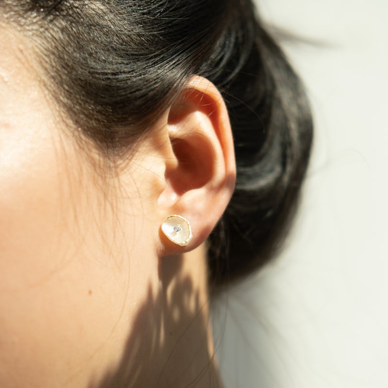 Pearl silver stud petal earrings l Shop Lonna