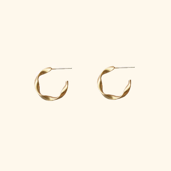 twisted gold hoops l Shop Lonna