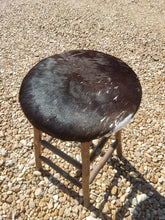 Load image into Gallery viewer, Old Hickory Stools with Cowhide Seat-Set of 4