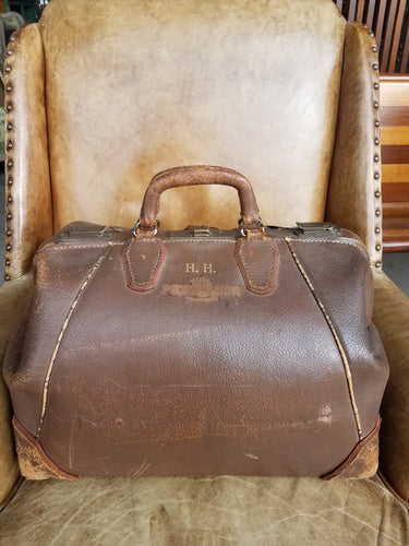 Distressed Leather Doctor's Bag