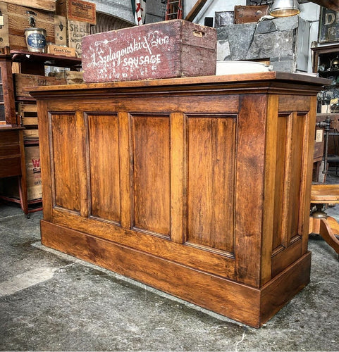 Church Altar Bar Counter