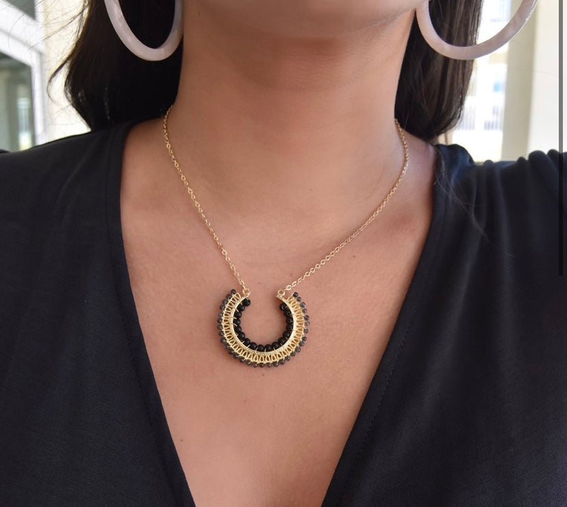 Half Circle Beaded Necklace- Black