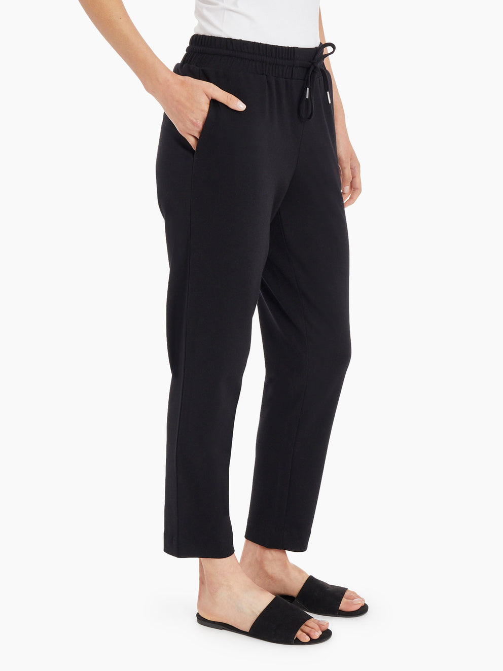 Slim Pull-On Drawstring Pants – Jones Black – Jones New York