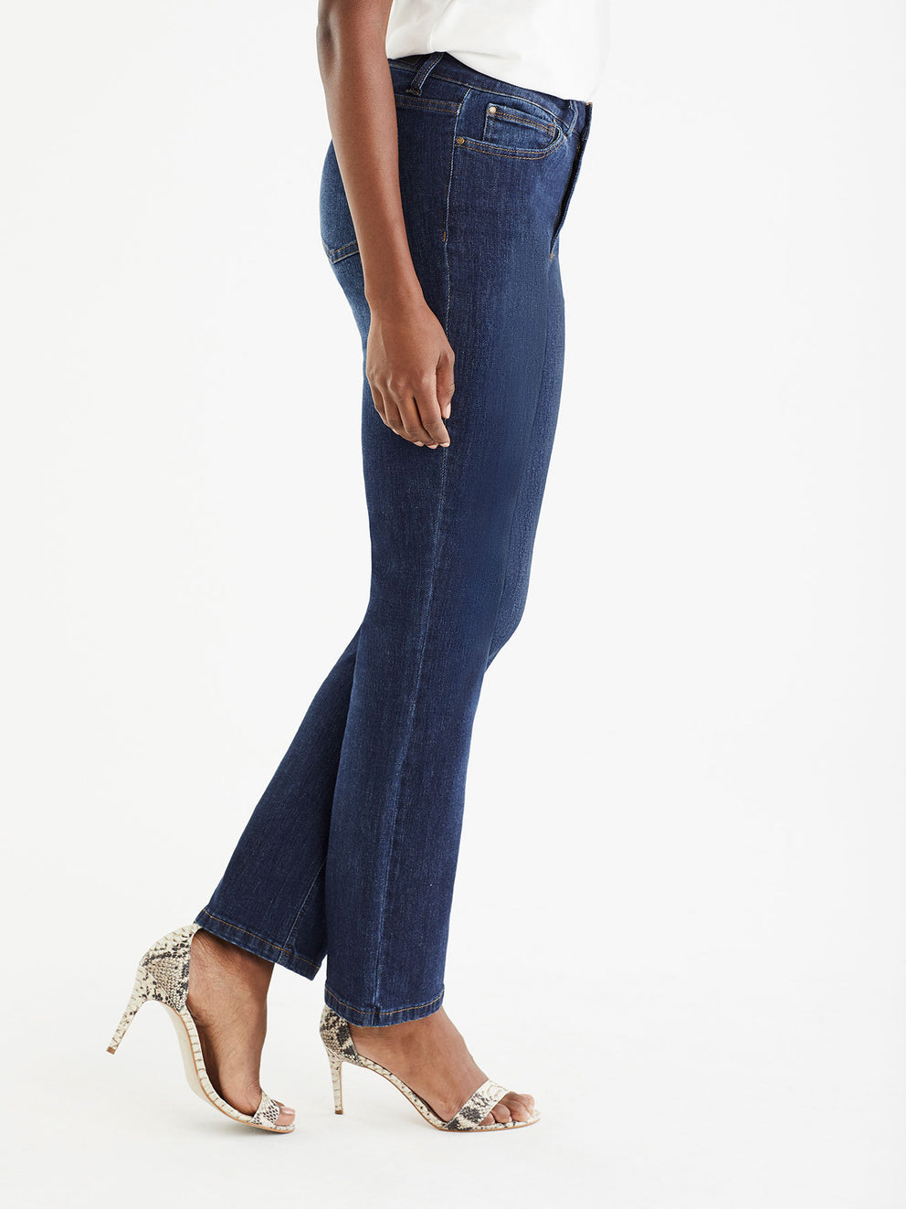 The Jones New York Lexington Deep Sky Wash Sustainable Jeans in color Deep Sky Wash - Image Position 2