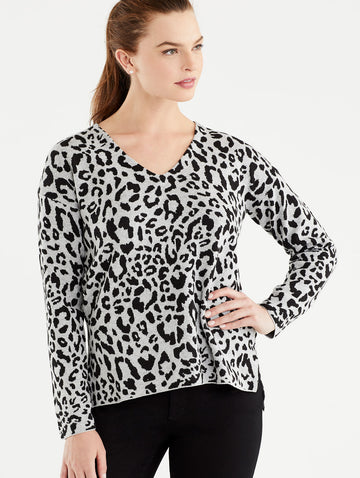 Grey Leopard Print V-Neck Tunic, Plus Size