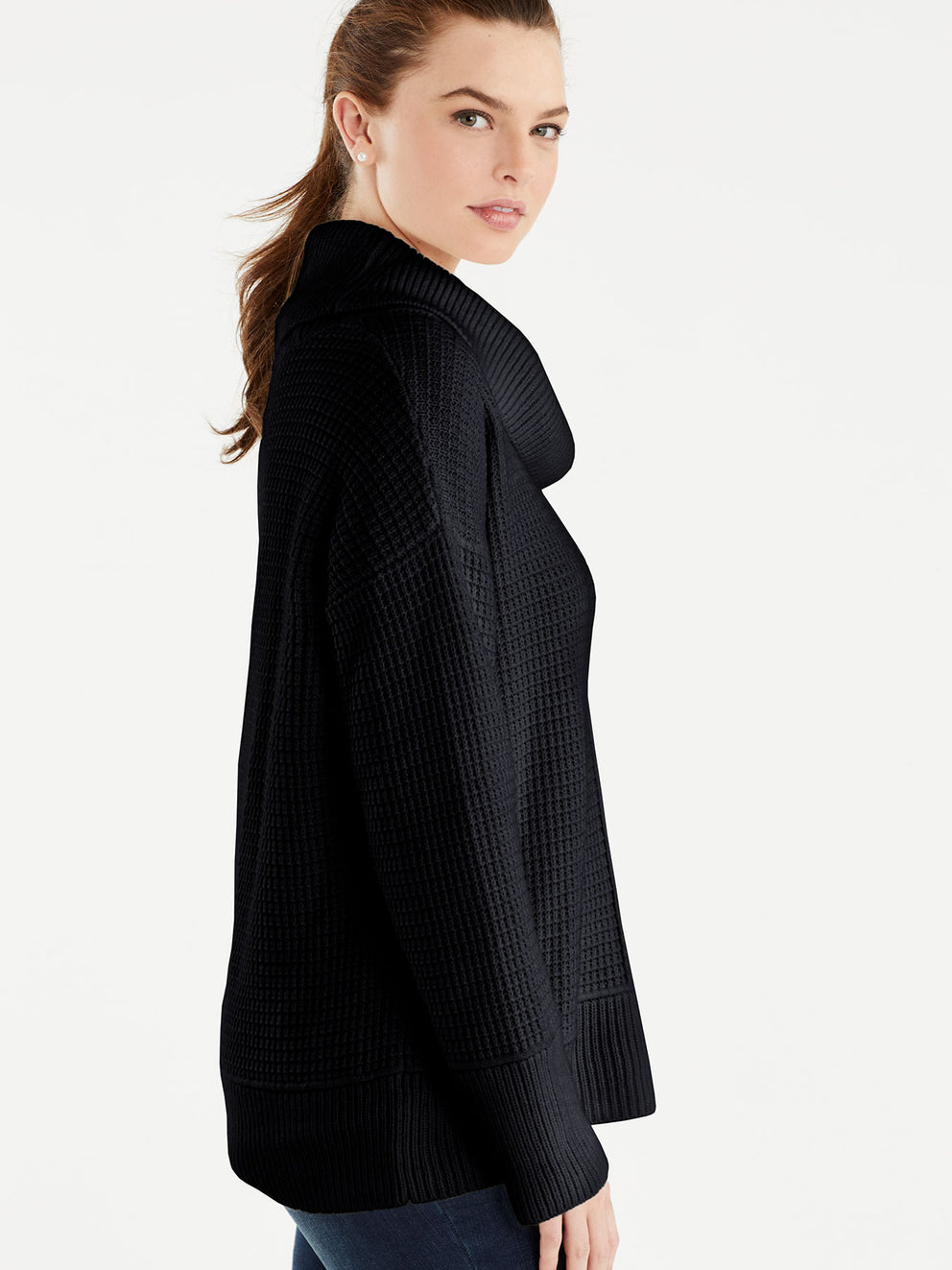 Stitch Front Turtleneck Color Black