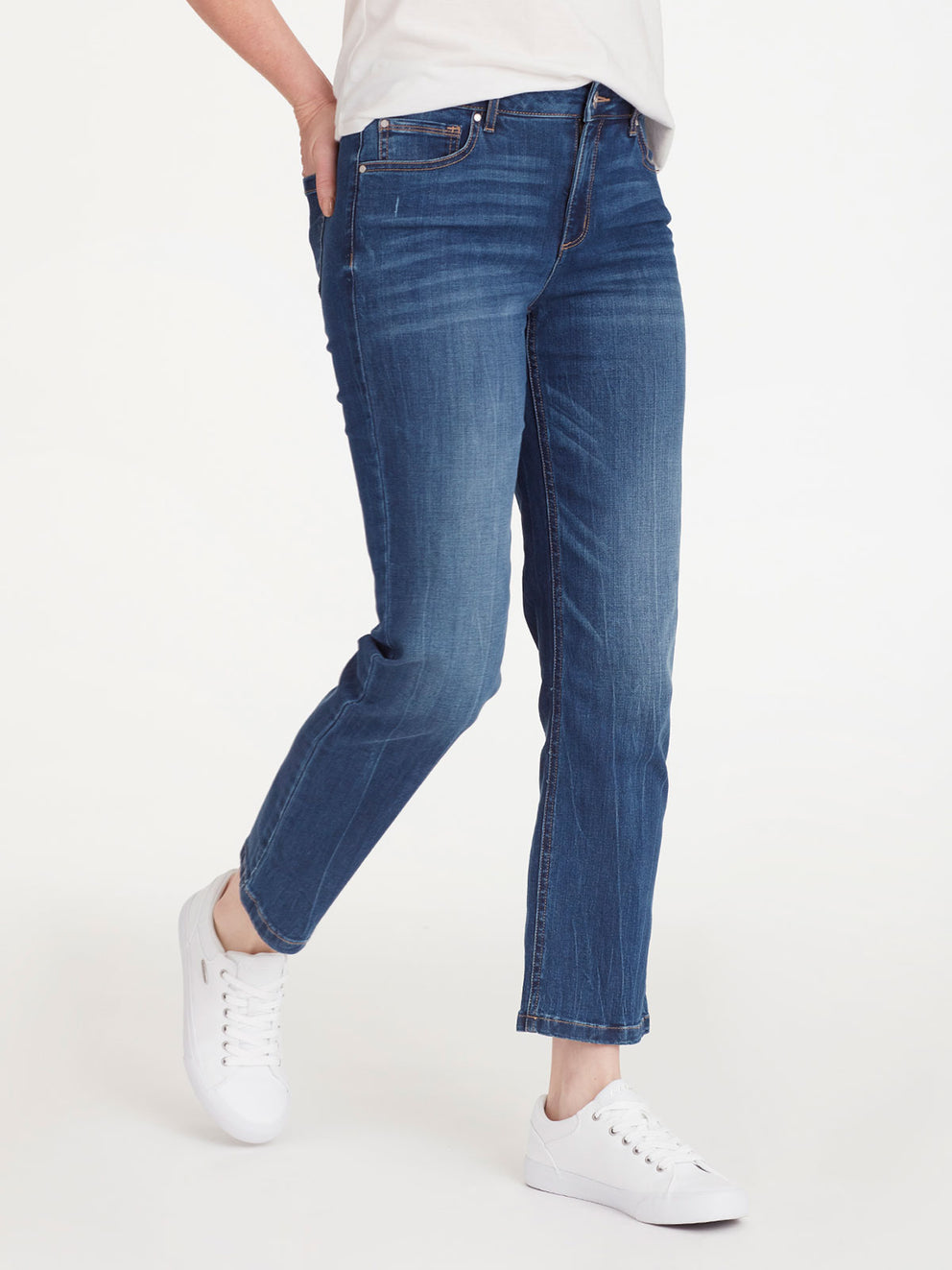 The Jones New York Lexington Montana Wash Ankle Jeans in color Montana Wash - Image Position 2