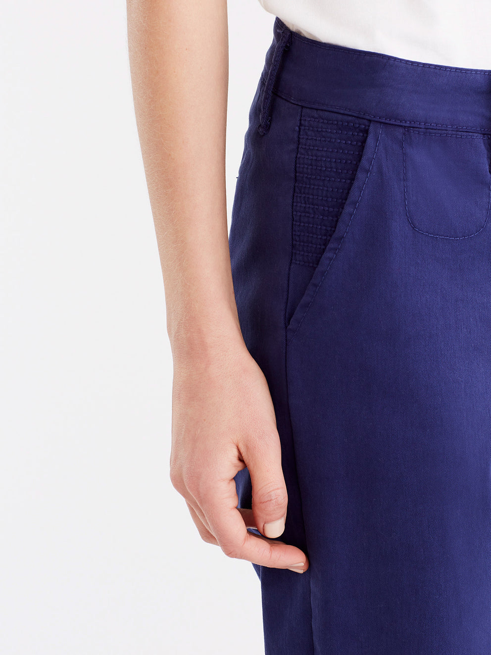 The Jones New York Classic Cropped Chino in color Navy - Image Position 2