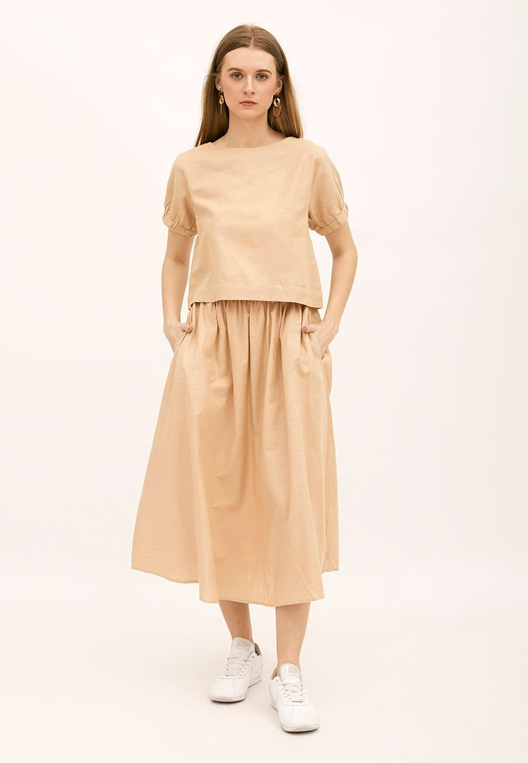 SET PROMO : KEIKO Basic Cropped Blouse with KEIKO Basic Skirt - Cream