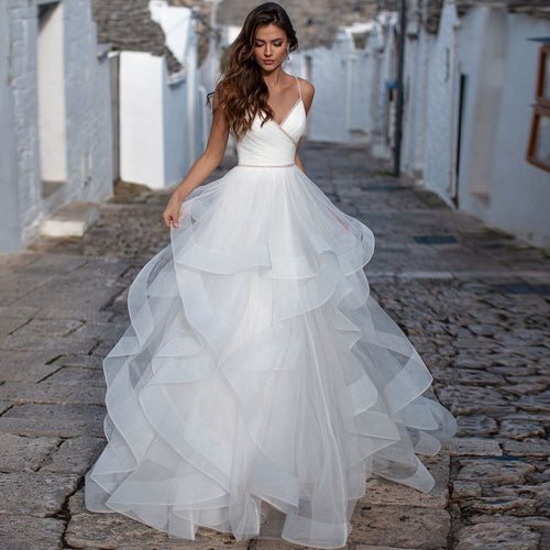 Elegant Spaghetti Straps A-line Wedding Dresses Backless Robe de Mariage Delicate Beaded Ruffles Bridal Gown