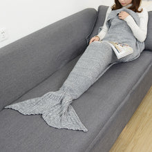 Load image into Gallery viewer, Soft Knitted Mermaid Tail Blanket