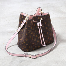 Load image into Gallery viewer, Newest Fashion Bucket Summer Women Genuine Leather Shoulder Bag Lady Soft Real Leather Cross Bag Simple Messenger Red Bag