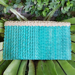 Canggu Pandanus Palm Clutch