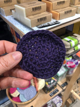 Load image into Gallery viewer, Handmade Cotton Face Cleansing Pad (Scrubbies)