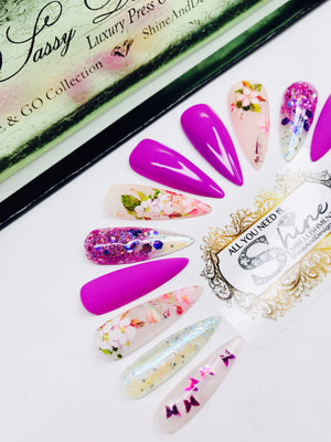 "SHINE & GO- ""Sassy Doll"" - #212-CUSTOM DESIGN SET -Press On Nails"