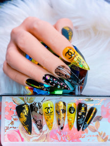 "SHINE & GO- ""Glamour Queen"" - #330 CUSTOM DESIGN SET -Press On Nails"