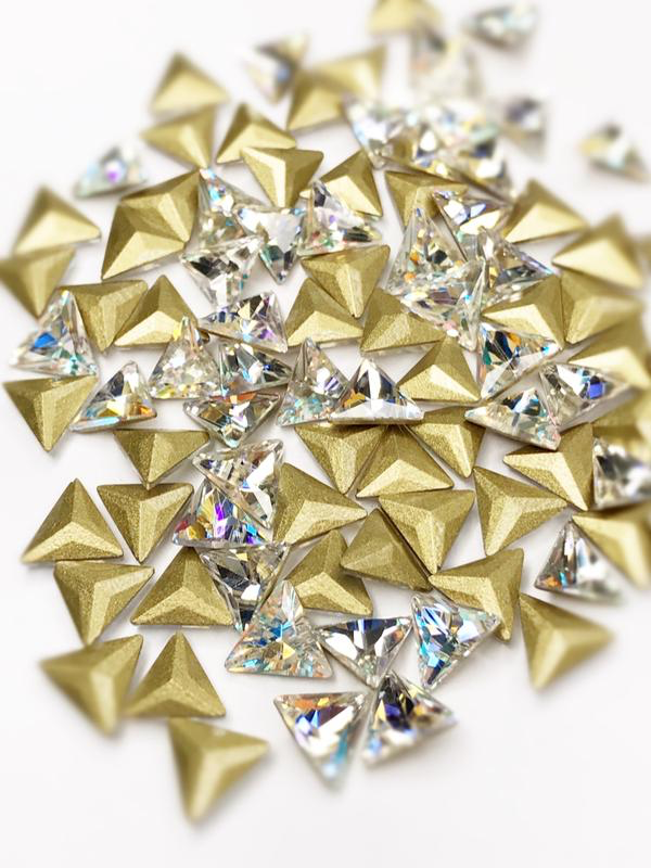 SHINE- Crystal AB- 3D Rhinestones- 8mm- TRIANGLE/ #25-AB